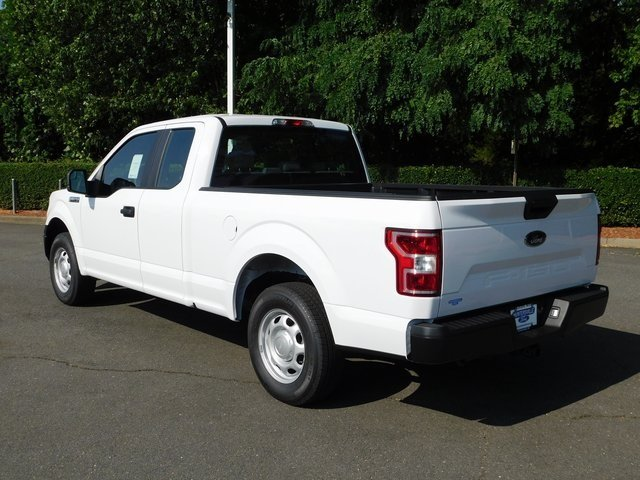 2018 Oxford White Ford F-150 XL 4 Door Truck 3.3L V6 Ti-VCT 24V Engine Automatic RWD