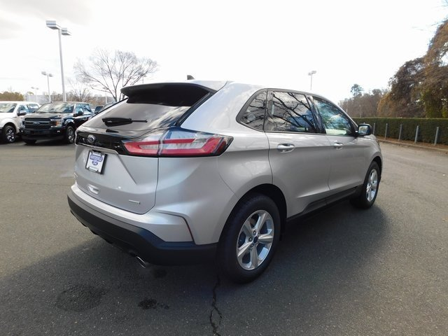 2019 Ingot Silver Metallic Ford Edge SE Automatic 2.0L Engine SUV FWD