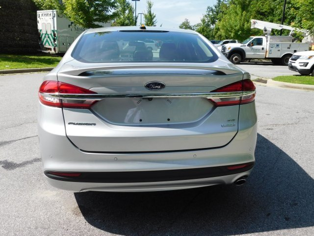 2018 Ingot Silver Metallic Ford Fusion SE Sedan 4 Door Automatic EcoBoost 1.5L I4 GTDi DOHC Turbocharged VCT Engine FWD