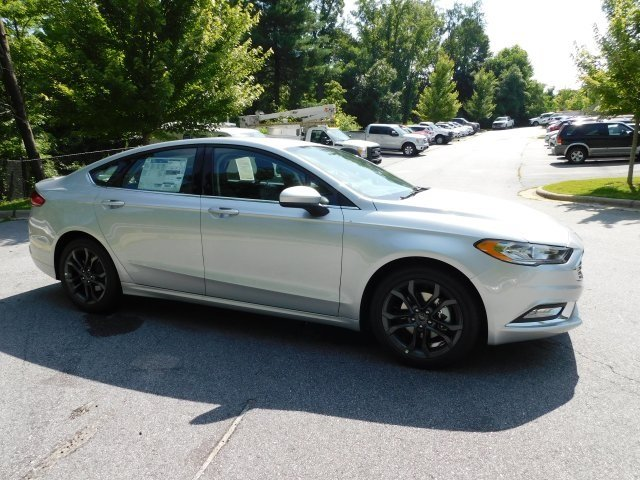 2018 Ford Fusion SE 4 Door EcoBoost 1.5L I4 GTDi DOHC Turbocharged VCT Engine Sedan FWD Automatic