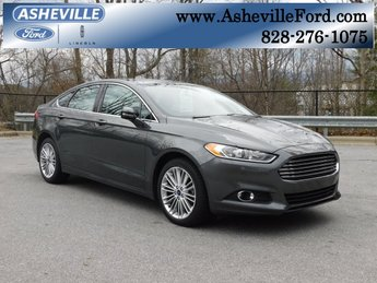 2016 Magnetic Ford Fusion SE EcoBoost 2.0L I4 GTDi DOHC Turbocharged VCT Engine 4 Door Sedan AWD