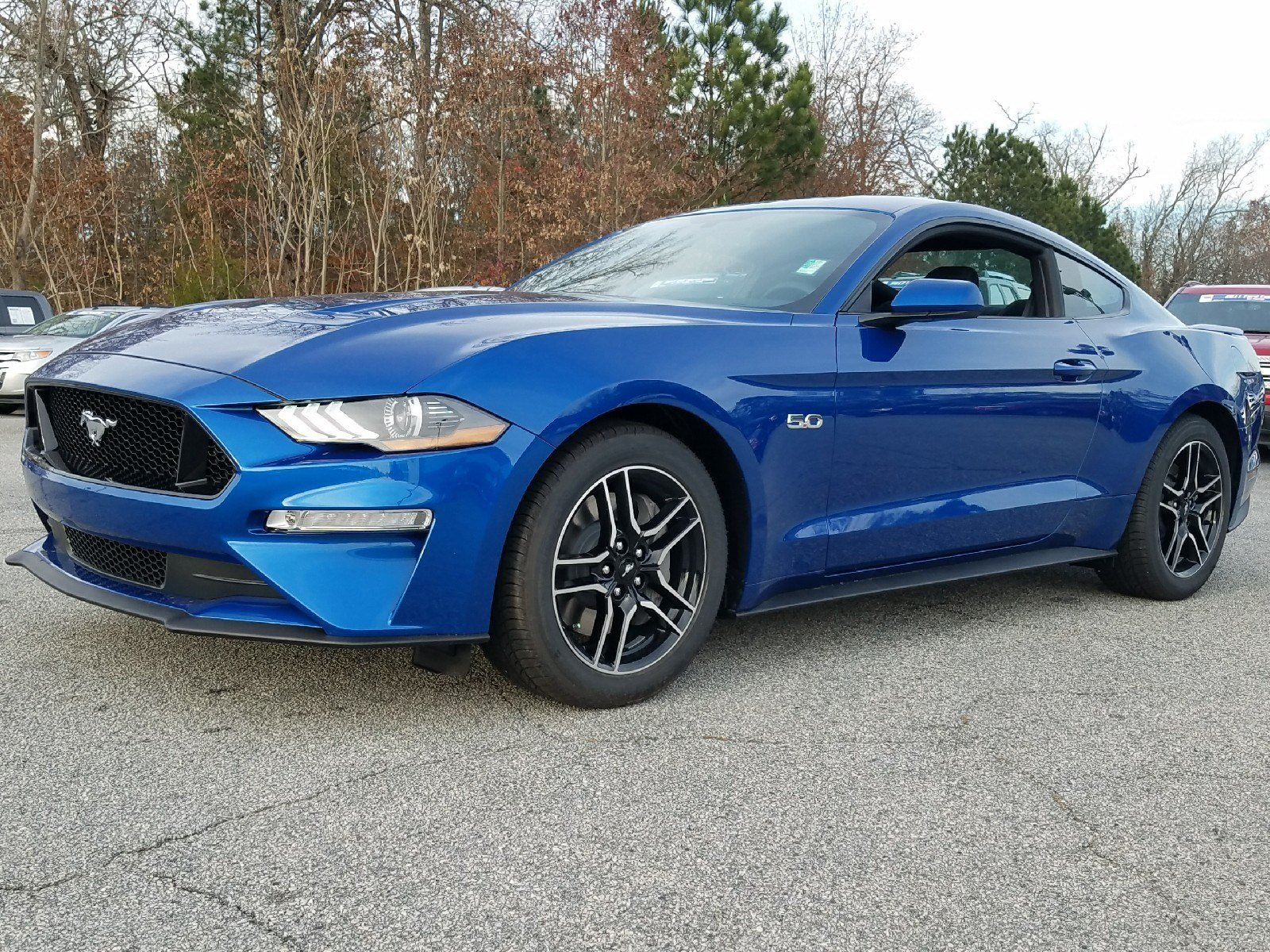 2018 Lightning Blue Ford Mustang GT Sedan 2 Door RWD