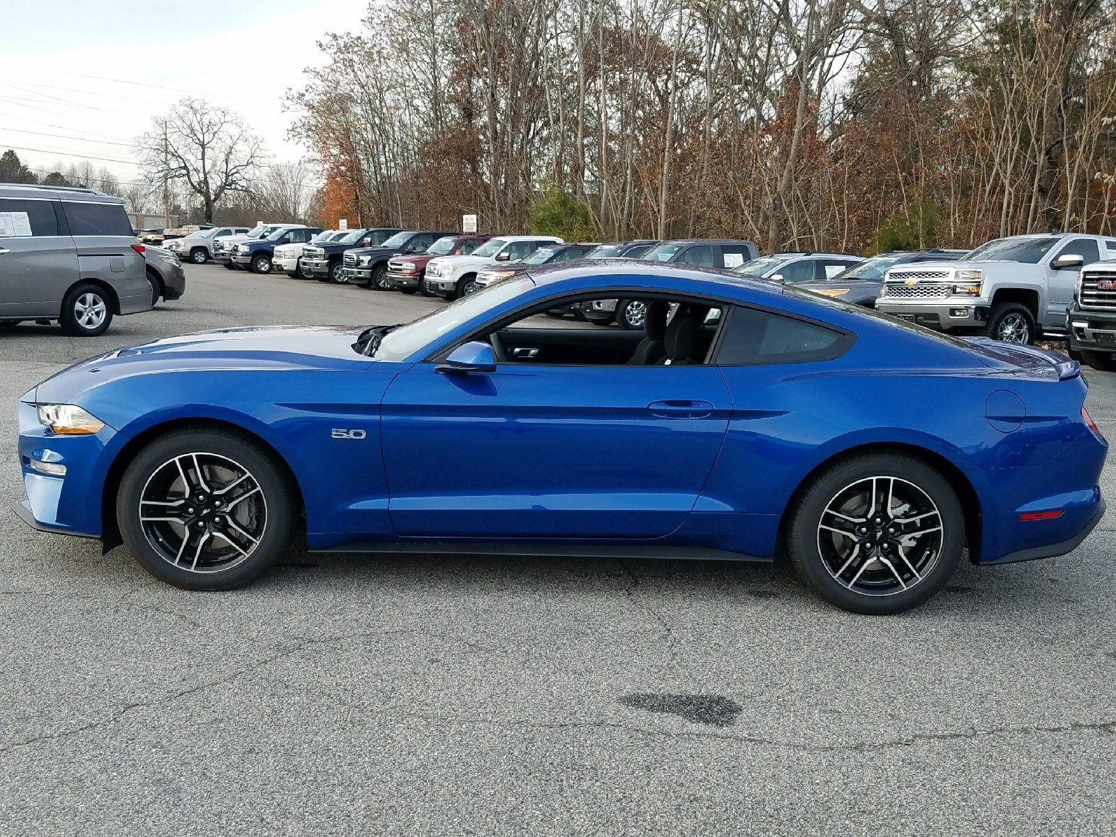 2018 Lightning Blue Ford Mustang GT Manual 5.0L Ti-VCT V8 Engine 2 Door