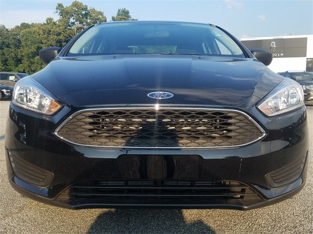 2018 Shadow Black Ford Focus S 2.0L Ti-VCT GDI I-4 Engine FWD 4 Door Automatic