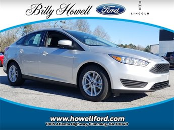 2018 Ingot Silver Metallic Ford Focus SE 2.0L Ti-VCT GDI I-4 Engine FWD Sedan