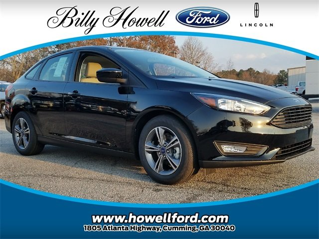 2018 Shadow Black Ford Focus SE FWD Sedan 2.0L Ti-VCT GDI I-4 Engine 4 Door Automatic