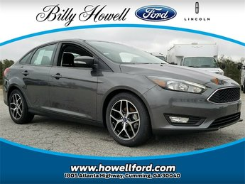 2018 Magnetic Metallic Ford Focus SEL 2.0L Ti-VCT GDI I-4 Engine Sedan 4 Door