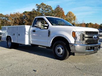 2017 Ford Super Duty F-350 DRW XL Truck 6.2L Gas FFV V8 engine 2 Door RWD Automatic