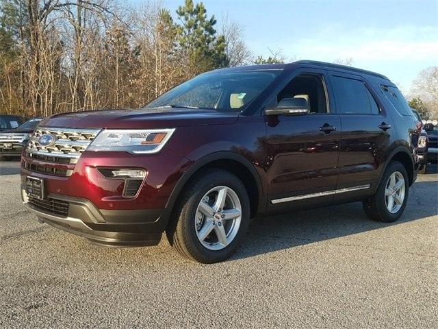 2018 Burgundy Velvet Metallic Tinted Clearcoat Ford Explorer XLT 3.5L Ti-VCT V6 Engine FWD SUV 4 Door Automatic