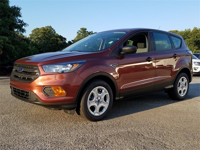 2018 Cinnamon Glaze Metallic Ford Escape S SUV 2.5L iVCT Engine FWD Automatic