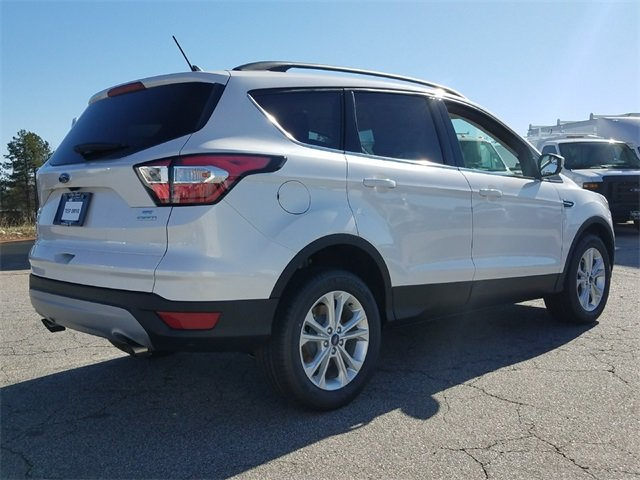2018 Ford Escape SE 1.5L EcoBoost Engine with Auto Start-Stop Technology SUV 4 Door Automatic