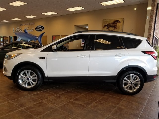 2018 White Platinum Metallic Tri-Coat Ford Escape SEL 4 Door Automatic FWD 1.5L EcoBoost Engine with Auto Start-Stop Technology SUV
