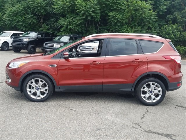2015 Ford Escape Titanium 4 Door FWD EcoBoost 1.6L I4 GTDi DOHC Turbocharged VCT Engine Automatic