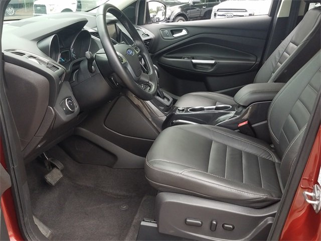 2015 Ford Escape Titanium SUV FWD 4 Door