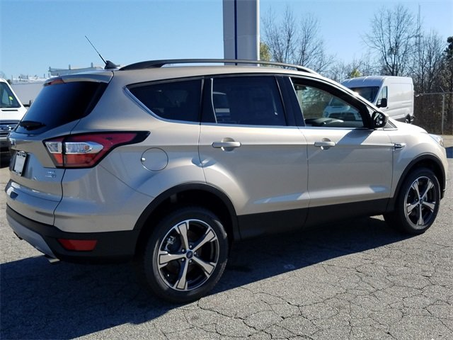 2018 Ford Escape SEL 4X4 SUV 1.5L EcoBoost Engine with Auto Start-Stop Technology Automatic 4 Door
