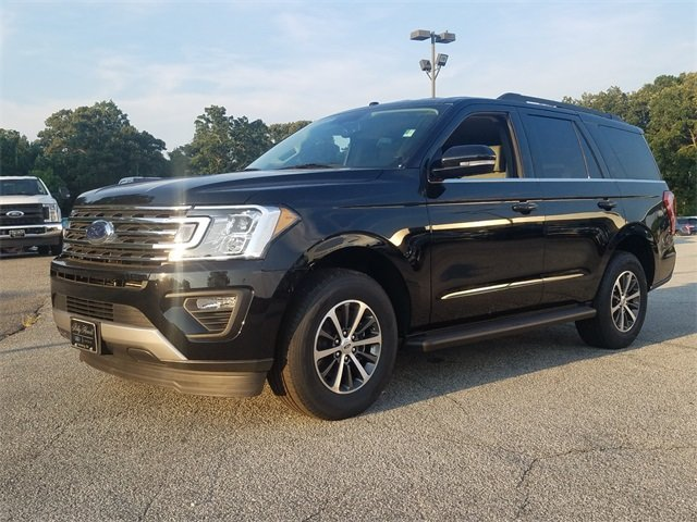 2018 Shadow Black Ford Expedition XLT 4 Door SUV Automatic 3.5L EcoBoost V6 Engine with Auto Start-Stop Technology