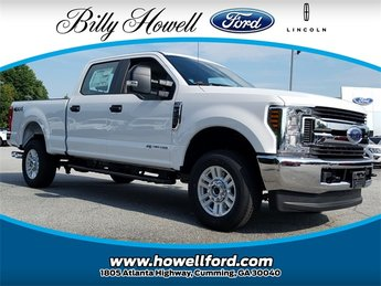 2018 Oxford White Ford Super Duty F-250 SRW XL 4 Door Truck Power Stroke 6.7L V8 DI 32V OHV Turbodiesel Engine 4X4