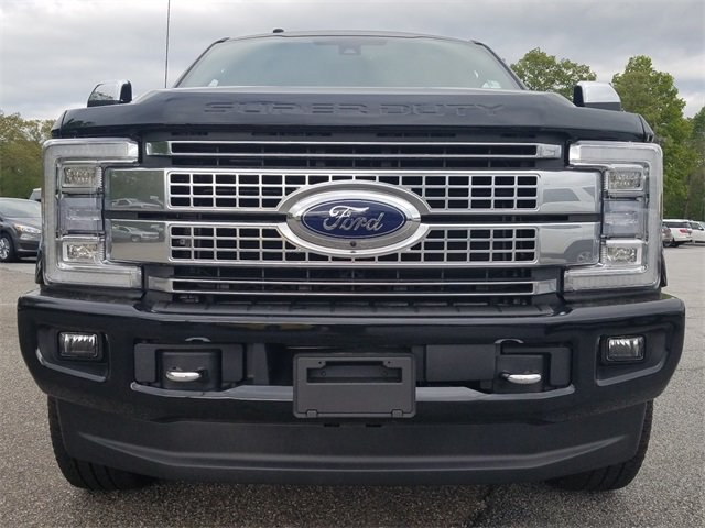 2018 Shadow Black Ford Super Duty F-250 SRW Platinum Power Stroke 6.7L V8 DI 32V OHV Turbodiesel Engine 4X4 Automatic