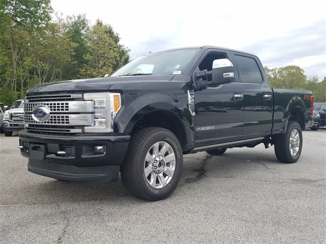 2018 Ford Super Duty F-250 SRW Platinum Power Stroke 6.7L V8 DI 32V OHV Turbodiesel Engine 4 Door Automatic 4X4