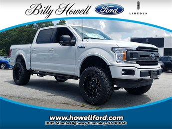 2018 Oxford White Ford F-150 XLT 4 Door 5.0L Ti-VCT V8 engine with Auto Start/Stop Technology Truck Automatic 4X4