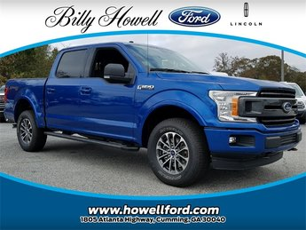 2018 Lightning Blue Ford F-150 XLT 5.0L Ti-VCT V8 engine with Auto Start/Stop Technology 4 Door 4X4 Automatic Truck
