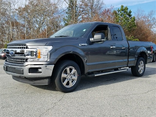2018 Ford F-150 XLT 3.3L V6 Ti-VCT 24V Engine RWD 4 Door