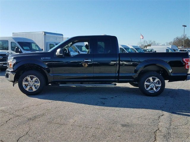 2018 Ford F-150 XLT Truck RWD 4 Door 3.3L Ti-VCT V6 engine with Auto Start/Stop Technology Automatic