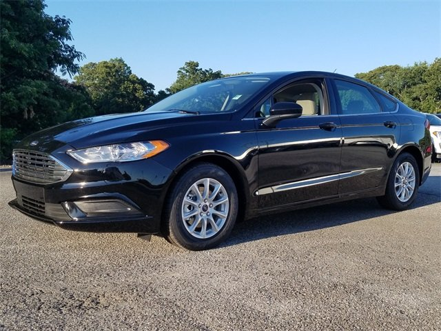 2018 Shadow Black Ford Fusion S Automatic FWD Sedan
