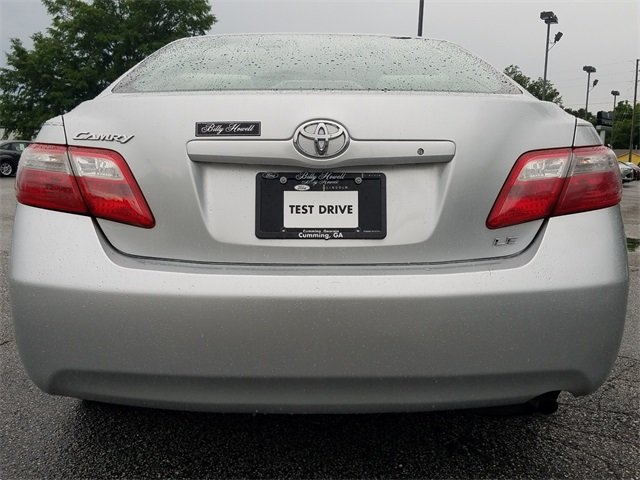 2009 Classic Silver Metallic Toyota Camry XLE 4 Door Automatic 2.4L I4 SMPI DOHC Engine FWD Sedan