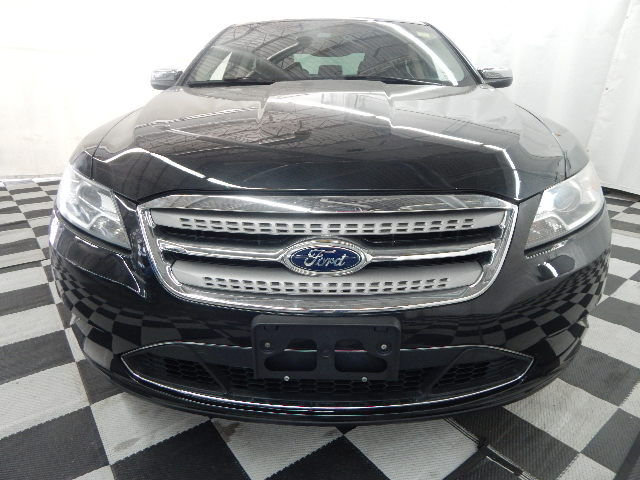 2011 Ford Taurus Limited FWD Automatic Sedan