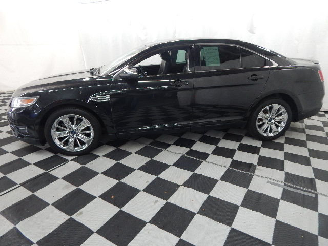 2011 Ford Taurus Limited FWD 4 Door Automatic