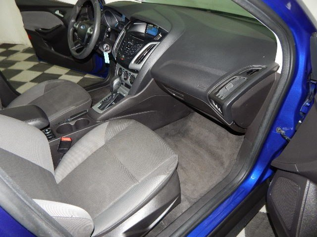 2012 Sonic Blue Metallic Ford Focus SE Automatic FWD 2.0L 4 cyls Engine Sedan 4 Door