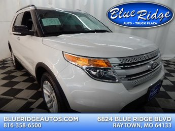 2014 White Platinum Metallic Tri-Coat Ford Explorer XLT 4 Door Automatic 3.5L V6 Engine 4X4 SUV