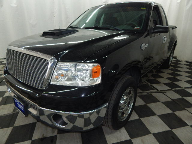 2007 Black Clearcoat Ford F-150 XLT 5.4L V8 Engine 2 Door Truck Automatic