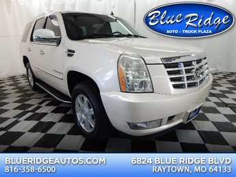 2007 White Diamond Cadillac Escalade Base Automatic 4 Door SUV