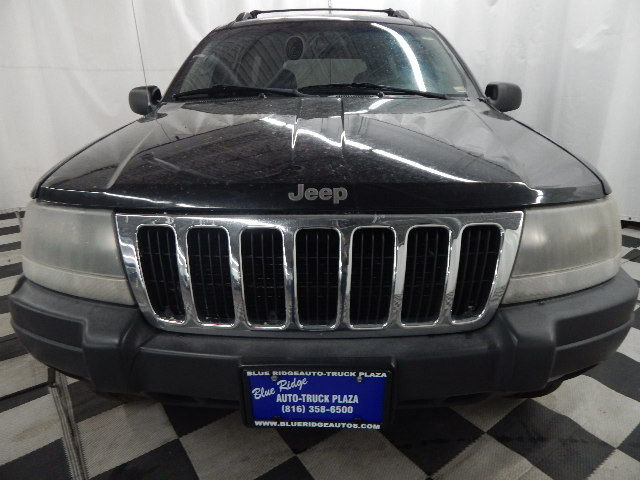 2003 Brilliant Black Crystal Pearlcoat Jeep Grand Cherokee Laredo 4X4 4.0L 6 cyls Engine 4 Door Automatic SUV