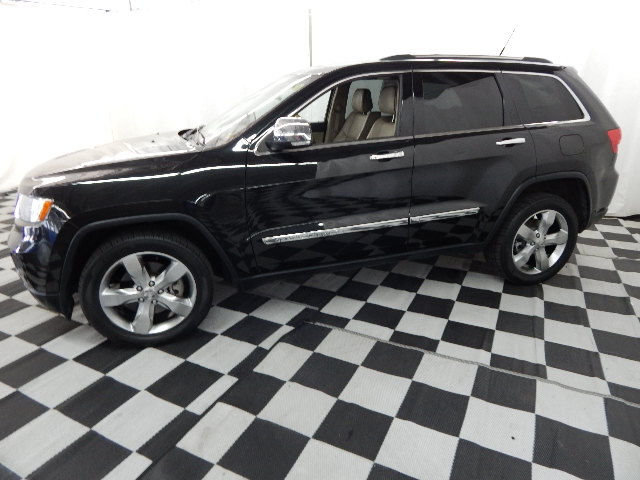 2011 Brilliant Black Crystal Pearlcoat Jeep Grand Cherokee Overland Automatic 4 Door 4X4 SUV