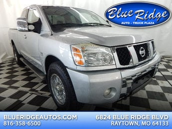 2004 Gray Nissan Titan LE 2 Door 4X4 5.6L V8 Engine Truck Automatic