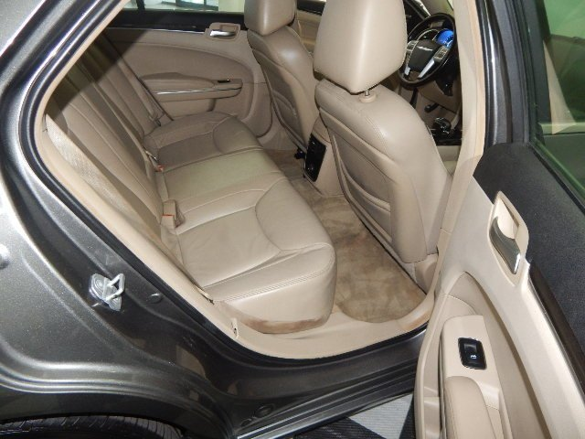 2012 Chrysler 300 Limited Automatic Sedan 4 Door