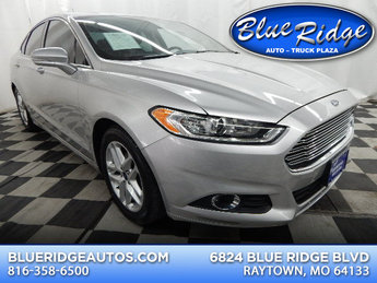 2014 Ingot Silver Metallic Ford Fusion SE Automatic 1.5L 4 cyls Engine Sedan 4 Door FWD
