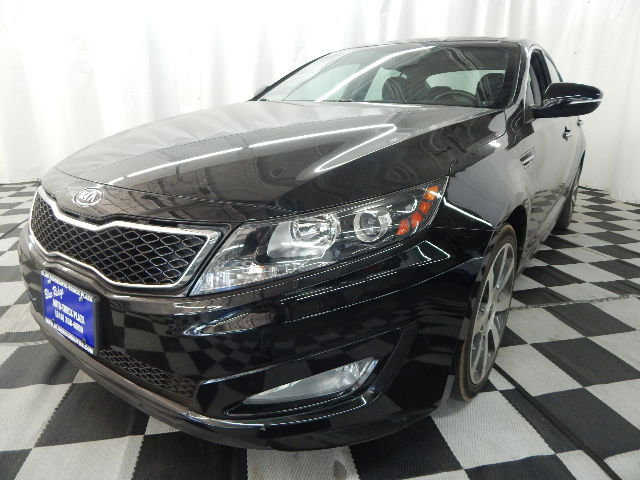 2011 Ebony Black Kia Optima SX 4 Door 2.0L 4 cyls Engine Sedan FWD