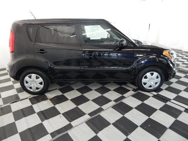 2013 Kia Soul Base Crossover FWD Automatic