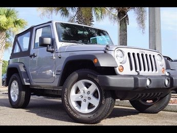 2013 Jeep Wrangler Sport 2 Door 4X4 3.6L V6 24V VVT Engine SUV