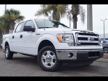 2013 Oxford White Ford F-150 XLT RWD Truck Automatic 4 Door