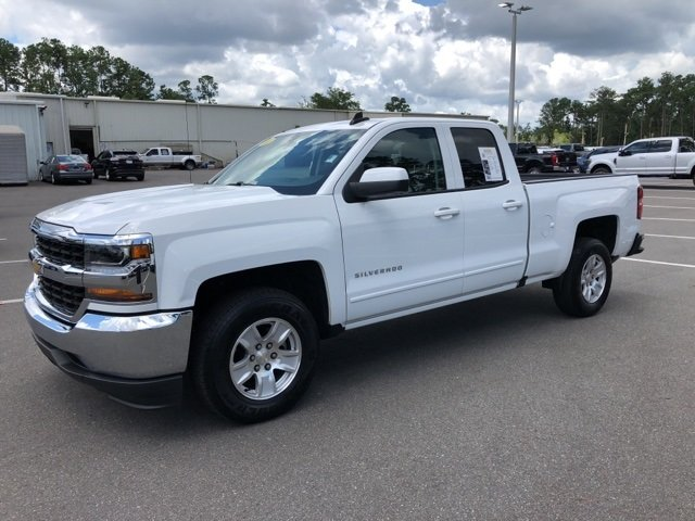 2018 Summit White Chevrolet Silverado 1500 LT Automatic 4 Door Truck V8 Engine