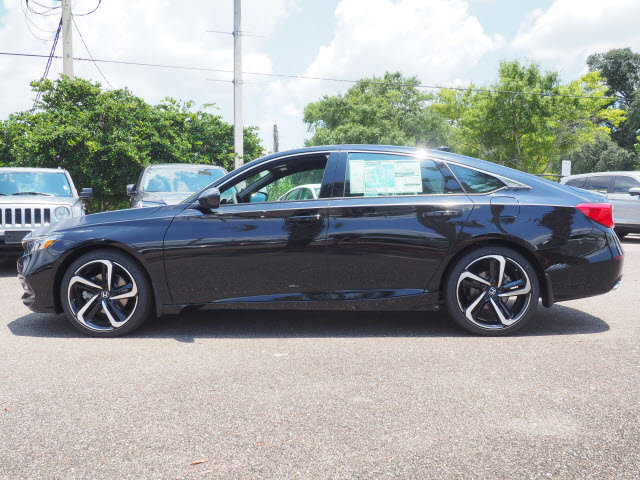 2018 Crystal Black Pearl Honda Accord Sport Sedan Automatic (CVT) FWD 4 Door I4 DOHC 16V Turbocharged Engine