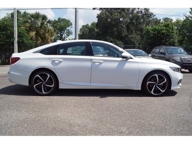 2018 Still Night Pearl Honda Accord Sport FWD 4 Door Sedan Automatic (CVT)