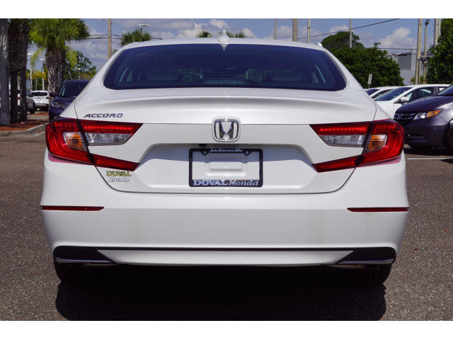 2018 Platinum White Pearl Honda Accord EX-L FWD 4 Door Sedan
