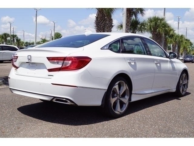 2018 Platinum White Pearl Honda Accord Touring Automatic (CVT) FWD I4 DOHC 16V Turbocharged Engine