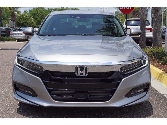 2018 Lunar Silver Metallic Honda Accord Touring FWD I4 DOHC 16V Turbocharged Engine 4 Door